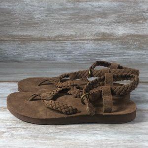 NWOT Teva leather women's sandals